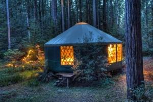 mendocino art center yurt